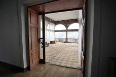 056 Tzv. kostka - prosklená místnost u jídelny